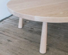 ROUND SLIDNG DOVETAIL COFFEE TABLE